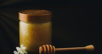 Miód lipowy a wielokwiatowy